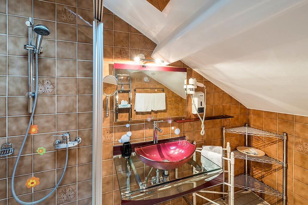 Bagno Aperto In Camera : Camera doppia classic a bissone lugano albergo ristorante la palma